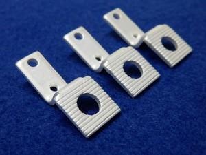 電子機器向け接点端子部品の銀メッキ加工事例