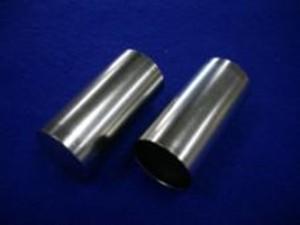 家庭用二次電池向けニッケルカドミウム電池ケース部品の半光沢ニッケルメッキ加工事例