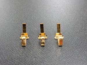通信機器向け接点端子部品の下地ニッケル 金メッキ加工事例